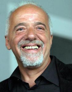 """Paulo Coelho confessa que nunca assitiu ao filme adaptado de seu livro, """"Veronika Decide Morrer""""."""