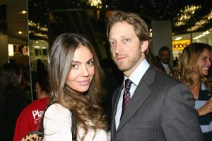Simone Abdelnur e Bruno Garfinkel estão grávidos pela segunda vez.