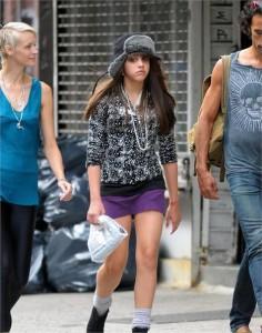 Lourdes Maria passeia com o pai em Nova York.