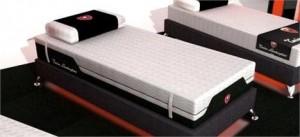 Lamborghini cria uma linha de camas com sua marca.