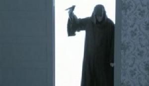 """O designer dos sapatos mais desejados entre as lulus, Christian Louboutin atacou de roteirista e diretor em um curta baseado no filme """"Psicose"""", de Alfred Hitchcock."""