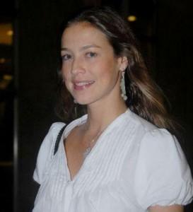 Luana Piovani dá a entender que Dado Dolabella é assunto encerrado.