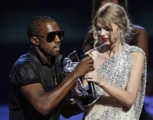 Depois do papelão de Kanye West no Video Music Awards 2009, Beyoncé resolveu finalmente se pronunciar sobre o mal-estar causado pelo rapper.