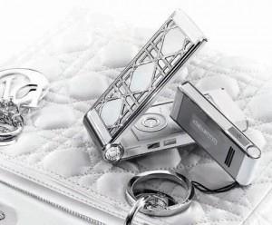 Dior lança nova linha de celulares cheios de charme.