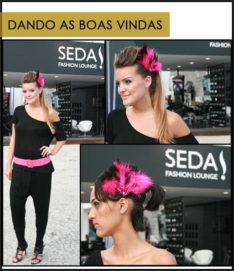 """A equipe de boas vindas também esta toda preparada para o """"Oi Fashion Rocks"""". Com uniforme preto e detalhe pink, os arranjos de cabeça e os penteados foram especialmente elaborados para um evento de moda."""