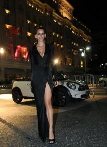 Alguns convidados do jantar de Donatella Versace e Mario Testino chegaram em grande estilo ao hotel Copacabana Palace, nesta sexta-feira. Como? Glamurama conta!