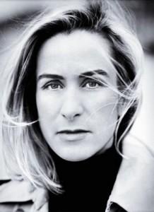 Depois de abandonar as passarelas em 2003, a coleção Couture de Thierry Mugler retornou às passarelas em 2008 sob os cuidados da estilista Rosemary Rodriguez, ex-designer da icônica marca Paco Rabanne.
