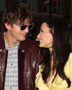 """Dica de Demi Moore para uma união feliz: """"Não pense no futuro, viva o presente"""". É seguindo este ensinamento que a atriz e o marido, Ashton Kutcher, têm mantido o casamento vivo há quatro anos."""