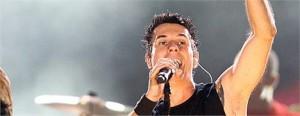 O canal Alto-falante fala sobre o estado de saúde do vocalista do Capital Inicial, Dinho Ouro Preto. Leia aqui.