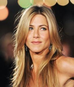 Jennifer Aniston vai lançar DVD de sua instrutora de ioga, Mandy Ingber
