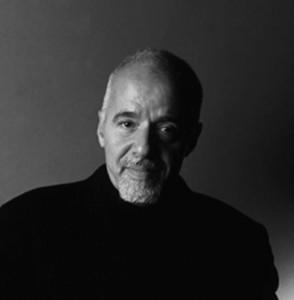 """O escritor Paulo Coelho está no tradicional guia britânico """"Who's Who"""" de 2010"""