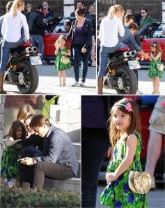 """Suri e Isabella Cruise fizeram uma visita ao pai, Tom, no set de """"Knight and Day"""", na Espanha."""