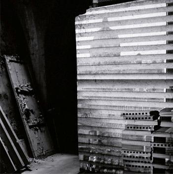 A galeria Mercedes Viegas Arte Contemporânea abre nesta terça-feira a coletiva 09.