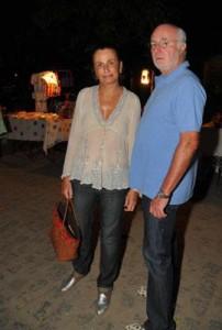 Os comentários em Trancoso nesta quinta-feira giram em torno do jantar pilotado por Georgina Brandolini.