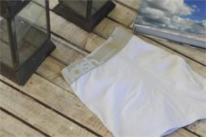 Mash presenteou alguns glamurettes em Trancoso, com um gift bem apropriado: uma underwear especial