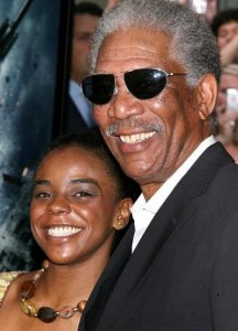 Morgan Freeman está prestes a se casar com sua enteada.
