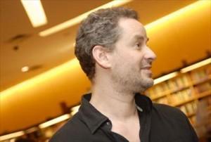 """Dan Stulbach diz que não recebeu propostas para estar em """"Side Man""""."""