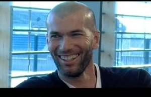 Zinédine Zidane e Romário vão fazer cinema… No Brasil! Aos detalhes