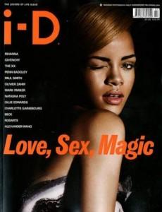 """Capa da nova edição da revista """"i-D"""", Rihanna fez uma declaração um tanto quanto confusa durante a entrevista que concedeu à publicação."""