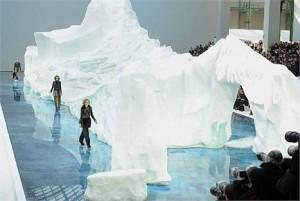 Glamurama conta detalhes da cenografia do desfile de inverno 2010 da Chanel.