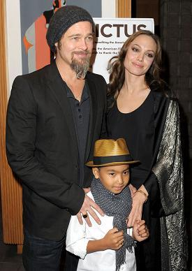 Maddox e os pais, Angelina e Brad Pitt: gênio