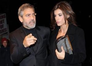 Um ar de separação paira sobre George Clooney e Elisabetta Canalis. Confira.