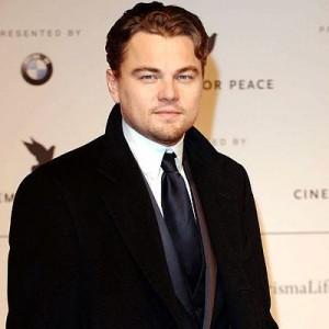 Leonardo DiCaprio pode viver diretor da FBI que teria sido travesti.