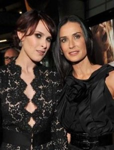 Demi Moore diz que está louca para trabalhar com a filha Rumer Willis.