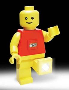 Lego lança linha usando a luz de LED.