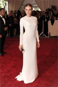 Diane Kruger será o novo rosto das coleções de beleza da Calvin Klein.