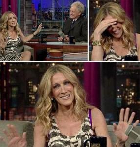 """Sarah Jessica Parker passou por uma saia justa nessa terça-feira, durante o programa """"Late Show"""", de David Letterman."""