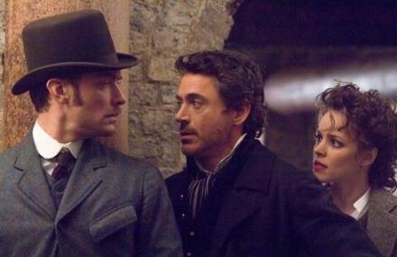 """Jude Law, Robert Downey Jr. e Rachel McAdams em cena do primeiro """"Sherlock Holmes"""" de Guy Ritchie: reencontro agendado"""