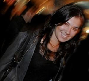 """""""A gente briga, mas depois se entende"""", diz Renata Abravanel sobre a relação com o pai, Silvio Santos."""