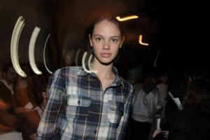 Laura Neiva está  entrando no casting da Way Models