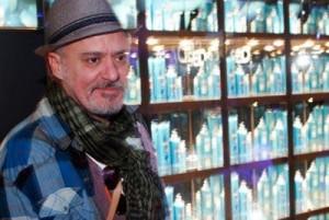 O Glamurama conversou com o hair-stylist Mauro Freire no lounge da Seda na SPFW.