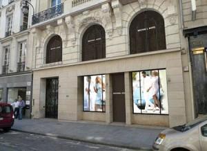 Parece que a primavera de parisiense cairá muito bem para a Michael Kors Inc. Glamurama explica.