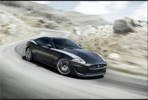 A Jaguar divulgou nessa segunda-feira a primeira imagem e os detalhes do novo Jaguar XKR 75