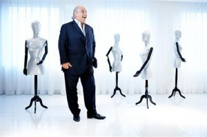 Comes from Philip Green, businessman responsible for the rise of the Topshop brand, the good news: the opening of the first store of the chain in Brazil.