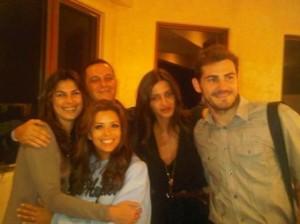 Casal hype do momento, Iker Casillas e Sara Carbonero caíram nas graças de Hollywood.