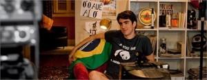 O É POP! conversou com um dos principais nomes do humor brasileiro atualmente, Marcelo Adnet.