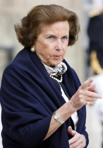 French billionaire, Lilliane Bettencourt, heir of L'Oreal, and her daughter, Frençoise Bettencourt-Meyers, still don't understand each other and seems like the problem is far from having a solution.