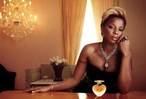Mary J. Blige vende 60 mil perfumes no dia do lançamento.