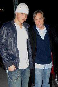 Filho do estilista Tommy Hilfiger é preso nos Estados Unidos.