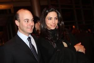 Mariana e Zeco Auriemo oferecem jantar em torno de Yves Carcelle, CEO Louis Vuitton.