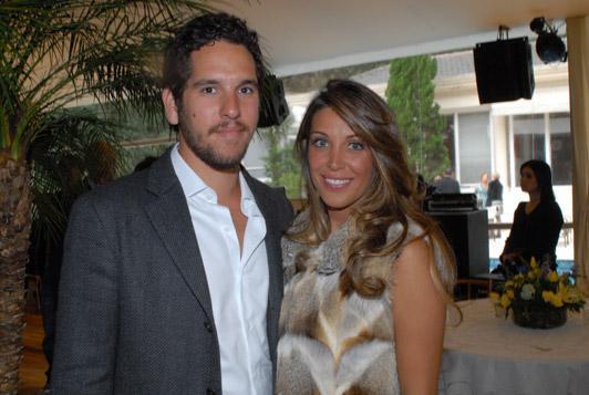 Felipe Faria e Janaina Barbosa: sim oficial