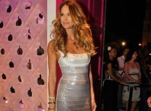 TV Glamurama fez uma entrevista exclusiva com a modelo Elle Macpherson.