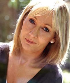 J.K. Rowling é a mulher mais poderosa do Reino Unido.