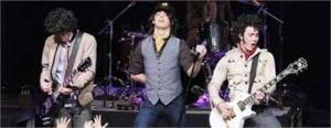 Ainda dá tempo de ver os Jonas Brothers ao vivo no Brasil neste final de semana
