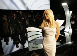 "Donatella Versace se rendeu aos encantos da série ""Mad Man""."
