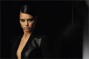 A gente acabou de receber a primeira imagem da futura campanha de inverno 2011 da Forum!!!